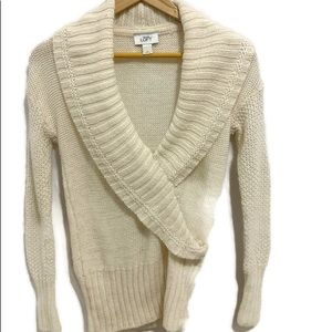ANN TAYLOR LOFT Cream Medium Sweater